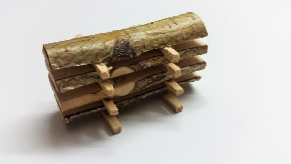 Baumstamm geschnitten, 6cm breit
