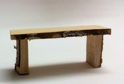Holzblock-Tisch
